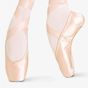 NEW Bloch European Balance Pointe Shoes